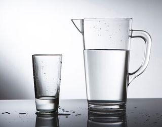 Water-glass-headache-lg